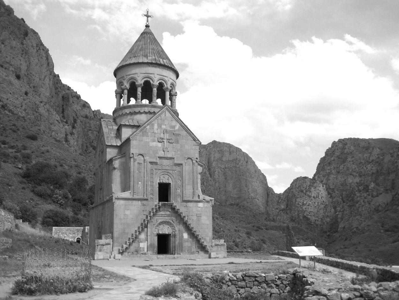 Foto: Noravank. Aus: Eriwan. Kapitel 4. Aufzeichnungen aus Armenien von Marc Degens.